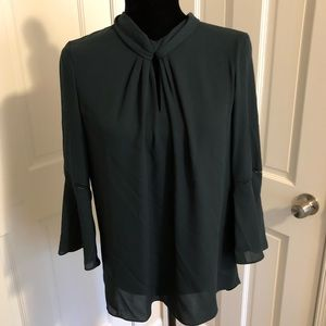 NWT Karl Lagerfield 3/4 sleeve top in hunter green